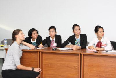 Kursus Bahasa Inggris Karyawan di Medan